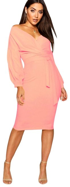 Boohoo Coral Color Mid-length Night Out Dress Size 2 (XS) Boohoo Coral Color Mid-length Night Out Dress Size 2 (XS) Image 1