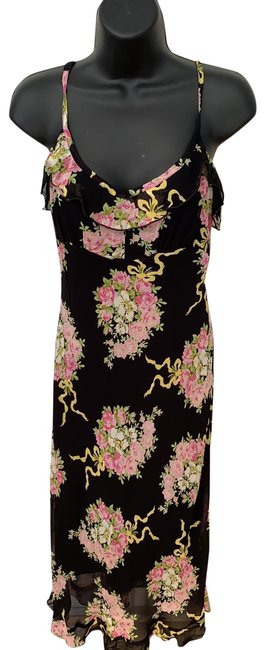 Item - Black Background with Flowers Mid-length Cocktail Dress Size 8 (M)