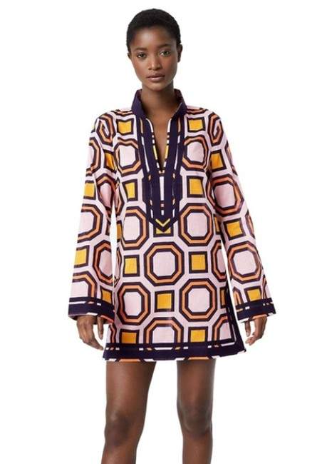 Preload https://img-static.tradesy.com/item/27820736/tory-burch-multicolor-octagon-square-tunic-sp-cover-upsarong-size-os-0-1-650-650.jpg
