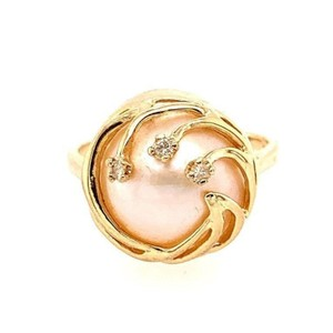 No brand / Not sure 14k Mabe Pearl and Diamonds Ring