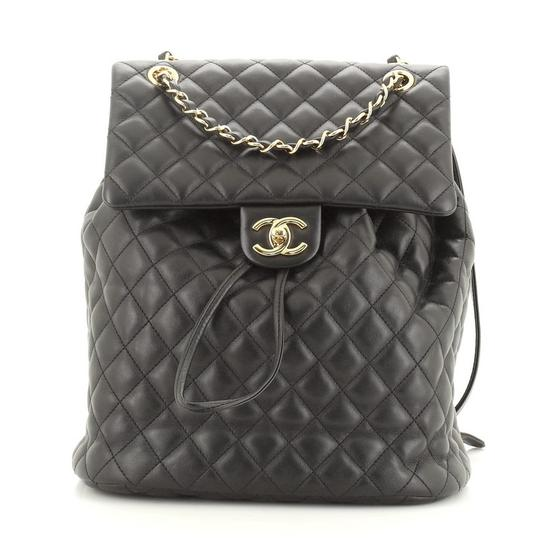 Preload https://img-static.tradesy.com/item/27820848/chanel-urban-spirit-quilted-lambskin-leather-backpack-0-0-540-540.jpg