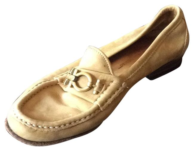Item - Tan Mocasins Flats Size US 6 Regular (M, B)