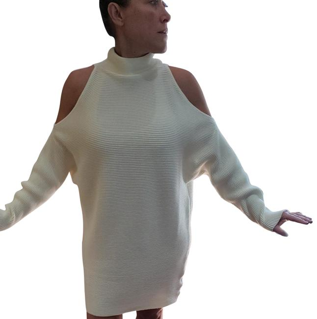 Item - Cream Doesn't Have One Mid-length Night Out Dress Size 6 (S)