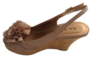 CL by Laundry Flower On Top Wedge Cork Beige Wedges