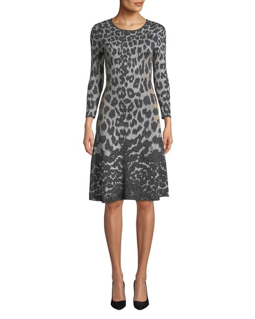 Item - Gray Leopard Animal Print Flared Mid-length Short Casual Dress Size 4 (S)