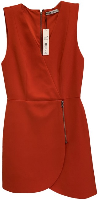 Item - Red And Short Casual Dress Size 0 (XS)