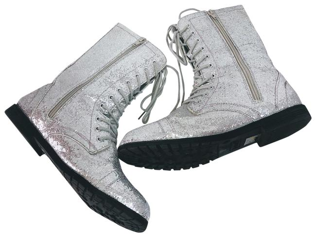 Item - Silver and Black Boots/Booties Size US 9 Regular (M, B)