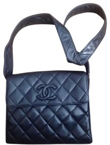 Chanel Vintage Leather 55855 Shoulder Bag