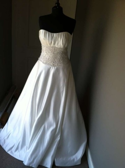Allure Bridals P788 Wedding Dress