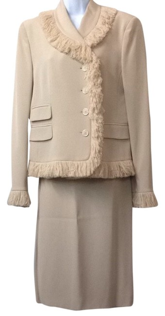 Preload https://item4.tradesy.com/images/moschino-tan-fringes-skirt-suit-size-12-l-2784313-0-0.jpg?width=400&height=650