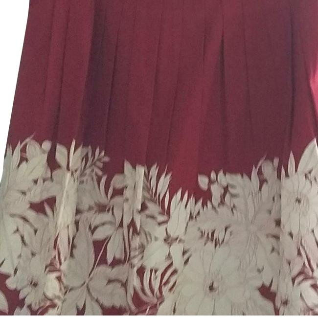 Item - Red Rn 80734 Skirt Size 2 (XS, 26)