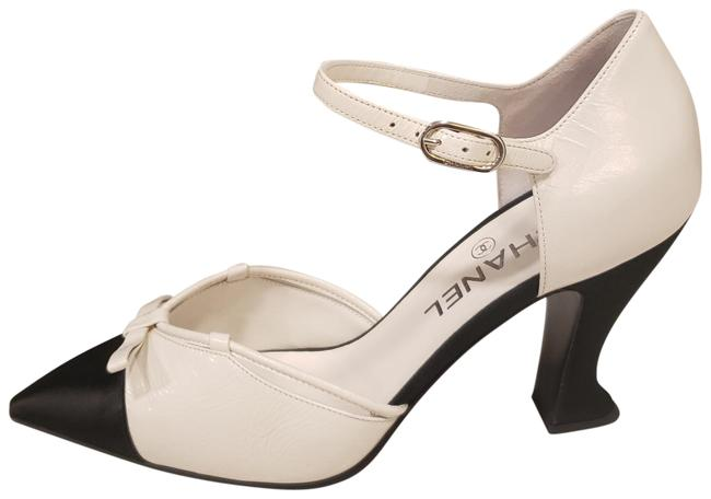 Item - White/Black 18a Leather Satin Mary Jane Bow Curved Heel Sandals Heels Pumps Size EU 38 (Approx. US 8) Regular (M, B)