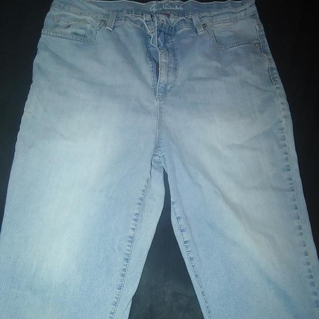 Item - Pale Light Wash Denim Amanda Capri/Cropped Jeans Size 34 (12, L)
