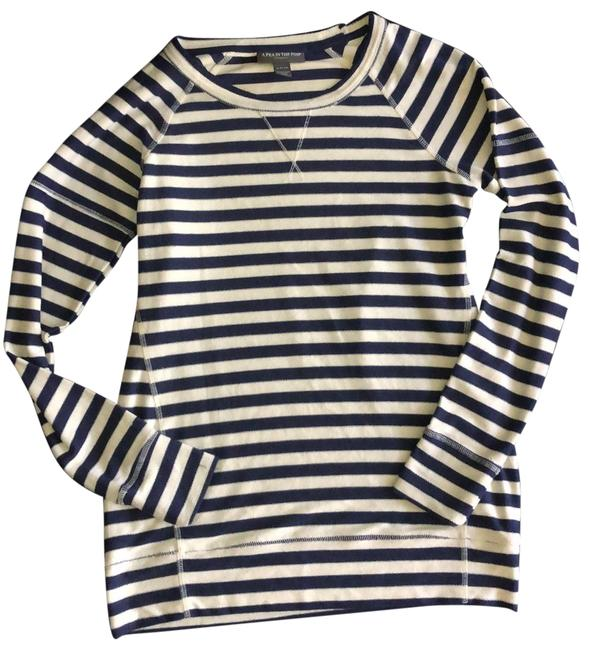 Item - Blue and Ivory Topstitched Striped Pullover Maternity Top Size 6 (S)