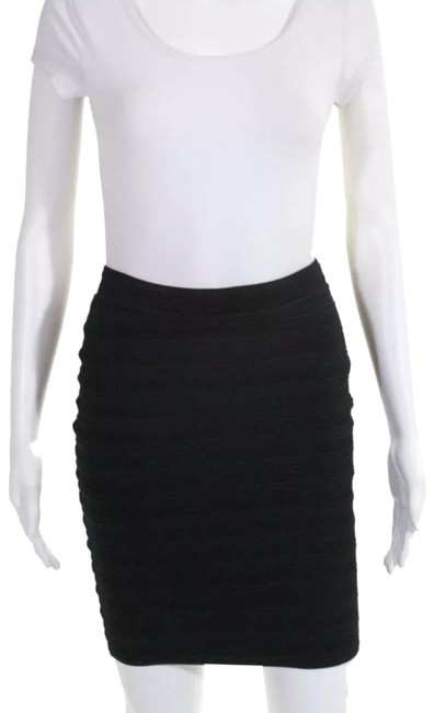 Item - Black Stretch Ruched Pencil Skirt Size 8 (M, 29, 30)