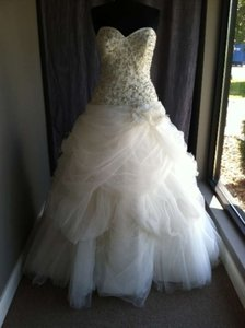 Allure Bridals Ivory C186 Modern Wedding Dress Size 14 (L)