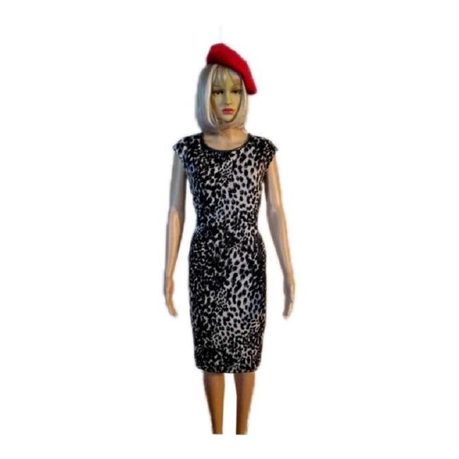 Item - Beige with Black And (Sku 000231-3) Work/Office Dress Size 14 (L)