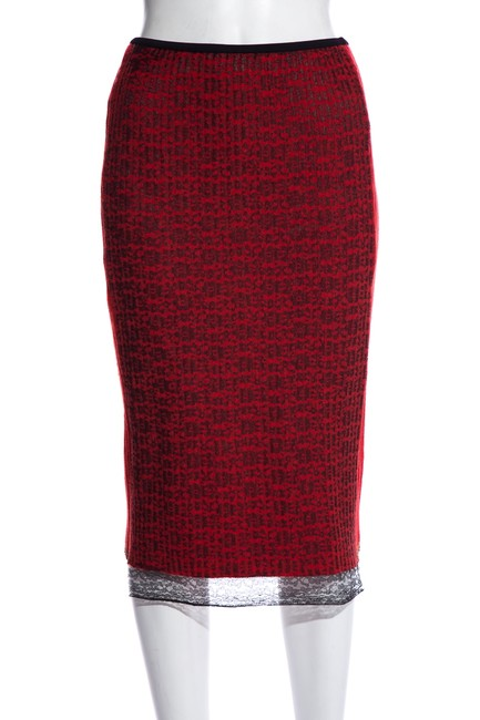 Item - Red & Black Sheer Lace Skirt Size 2 (XS, 26)