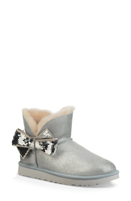 Item - Silver Mini Sequin Bow Wool Lined Shearling (Se6) Boots/Booties Size US 5 Regular (M, B)