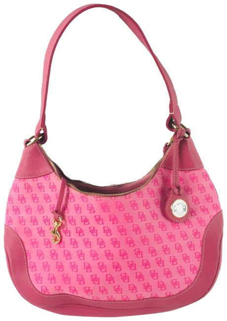 Item - Signature Pink Leather Cloth Hobo Bag