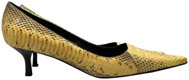 Item - Yellow Snake Pattern Pumps Size US 9.5 Regular (M, B)