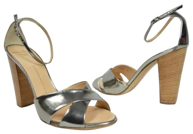 Item - Silver Marry Janes Strappy Criss Cross Pumps Size US 8 Regular (M, B)
