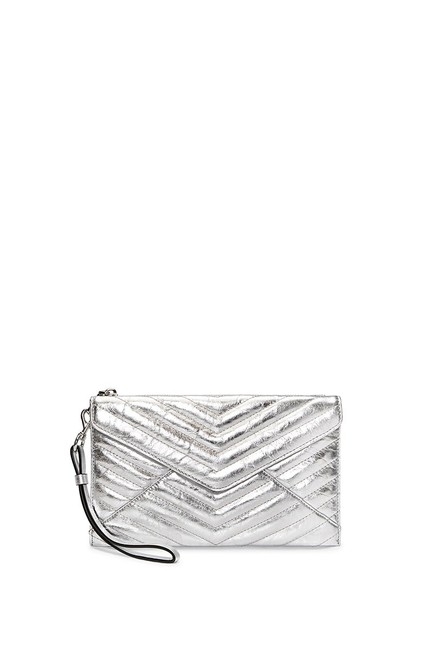 Item - Quilted Leo Silver Leather Wristlet