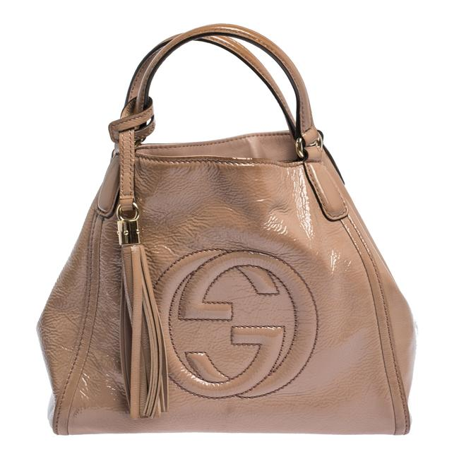 Gucci Bag Soho Nude Small Beige Patent Leather Tote Gucci Bag Soho Nude Small Beige Patent Leather Tote Image 1