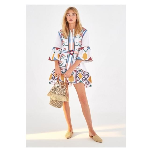 Preload https://img-static.tradesy.com/item/27870406/white-embroidered-floral-mini-short-casual-dress-size-12-l-0-0-650-650.jpg