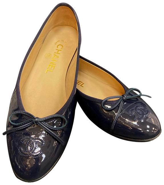 Item - Dark Purple Enamel Flats Size EU 36 (Approx. US 6) Wide (C, D)
