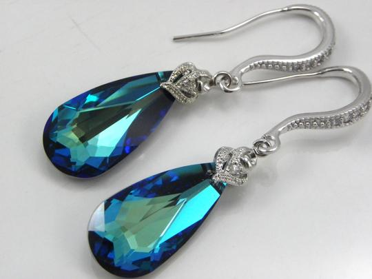 Bermuda Blue Swarovski Crystal Teardrop Earrings And Necklace Bridal Crystal Set Jewelry Blue Jewelry Peacock Jewelry