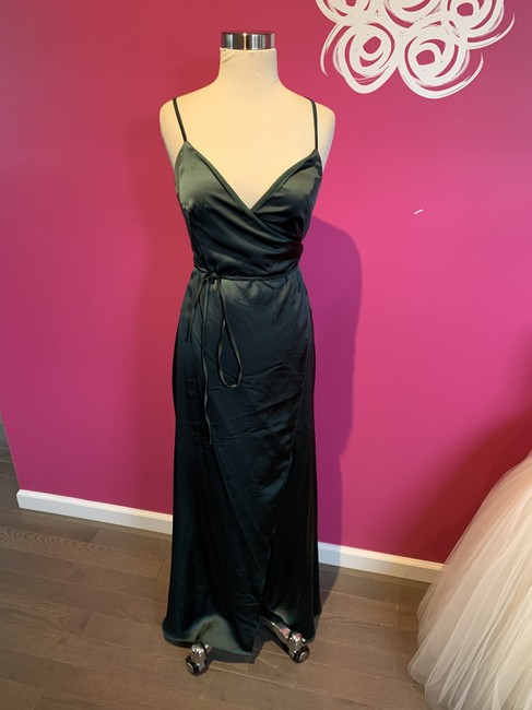 Item - Evergreen Lucios Charmeuse 7404- Pearla Modern Bridesmaid/Mob Dress Size 0 (XS)