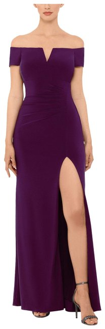 Item - Plum Off-the-shoulder Gown Long Formal Dress Size 6 (S)
