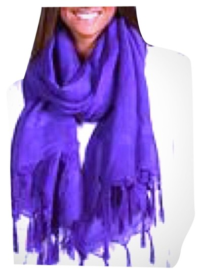 Preload https://item1.tradesy.com/images/love-quotes-purple-love-quotes-scarf-2788015-0-0.jpg?width=440&height=440
