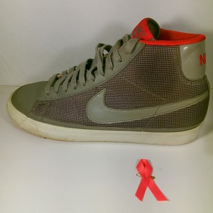 Nike Grey W/White Accents Men's Mesh Swoosh Hi-top Lace-up Left Amputee Sneaker 11m Shoes