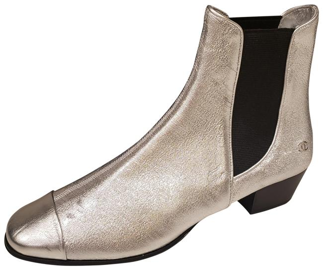 Item - Silver 19c Stretch Laminated Metallic Leather Gored Ankle Boots/Booties Size EU 40 (Approx. US 10) Regular (M, B)