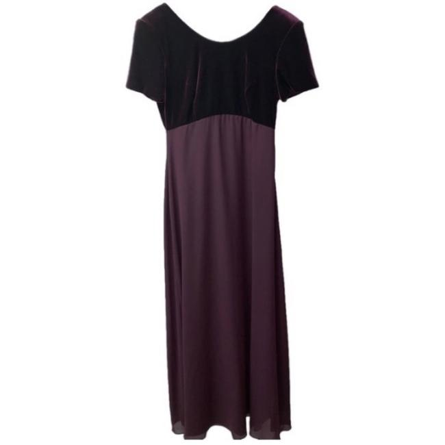 Item - Purple Long Formal Dress Size 8 (M)