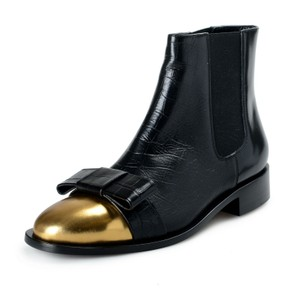 Item - Black Women's Textured Leather Ankle Boots/Booties