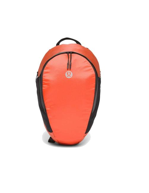 Item - Fast and Free 13l Brick Polyester Backpack