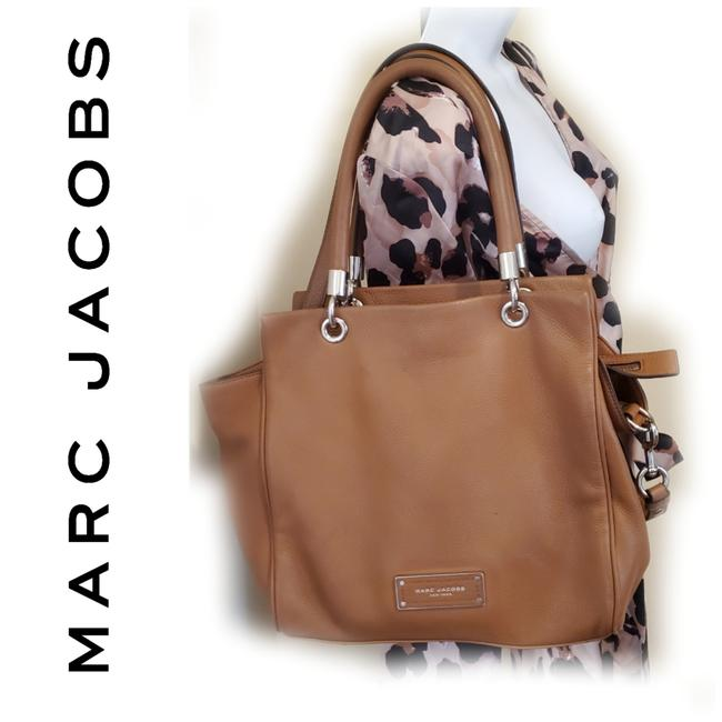 Item - Pebbled Convertible Camel Tan Leather Tote