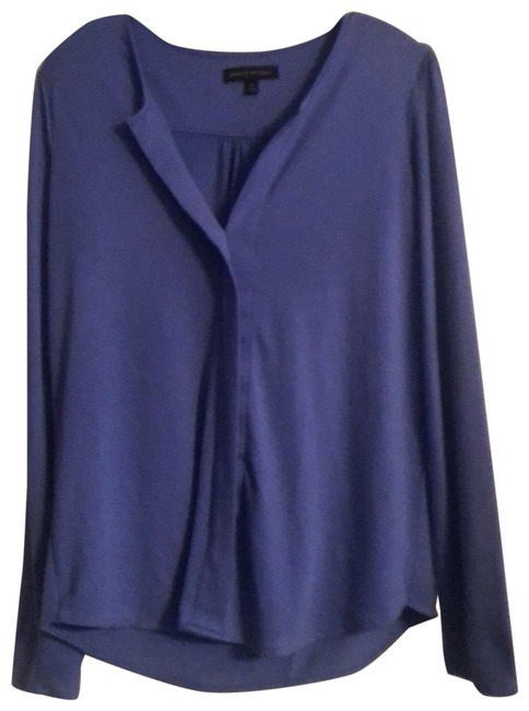 Item - Blue Soft Knit Pullover Tunic Size 10 (M)
