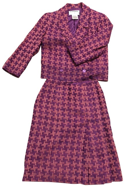 Item - Purple Skirt Suit Size 2 (XS)