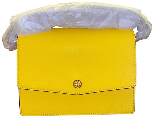 Preload https://img-static.tradesy.com/item/27896756/tory-burch-robinson-floral-interior-convertible-lemon-drop-shoulder-bag-0-1-540-540.jpg