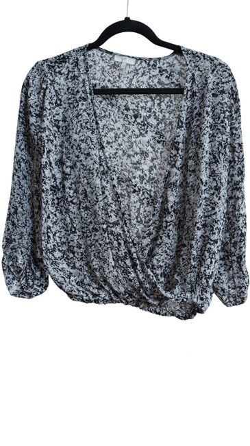 Preload https://img-static.tradesy.com/item/27896764/joie-grey-and-black-abstract-floral-pattern-open-deep-v-neck-34-blouse-size-2-xs-0-0-650-650.jpg