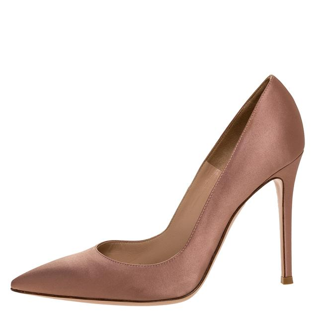 Gianvito Rossi Beige Satin Pointed 39.5 Pumps Size US 9.5 Regular (M, B) Gianvito Rossi Beige Satin Pointed 39.5 Pumps Size US 9.5 Regular (M, B) Image 1