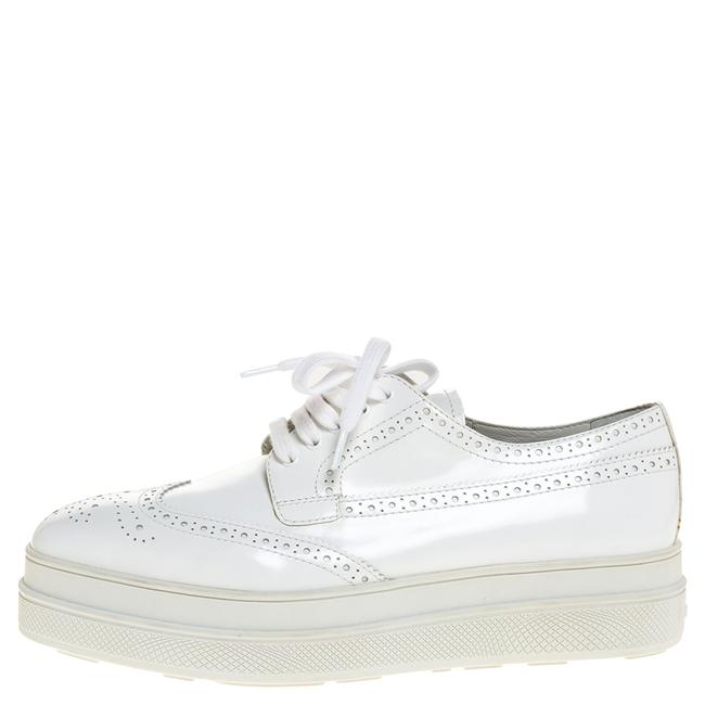 Prada White Wingtip Brogue Leather Platform Derby 39.5 Flats Size US 9.5 Regular (M, B) Prada White Wingtip Brogue Leather Platform Derby 39.5 Flats Size US 9.5 Regular (M, B) Image 1