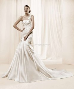 La Sposa La Sposa Damasco Wedding Gown Wedding Dress