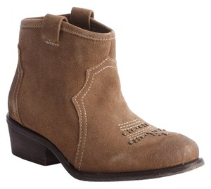 Other Brown 'honey' Ankle COLOR : Otter Suede Boots
