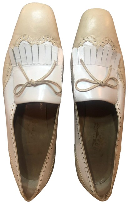 Salvatore Ferragamo White/Cream Flats Size US 9 Regular (M, B) Salvatore Ferragamo White/Cream Flats Size US 9 Regular (M, B) Image 1