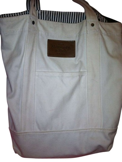 Preload https://img-static.tradesy.com/item/279018/abercrombie-and-fitch-white-cotton-shoulder-bag-0-0-540-540.jpg